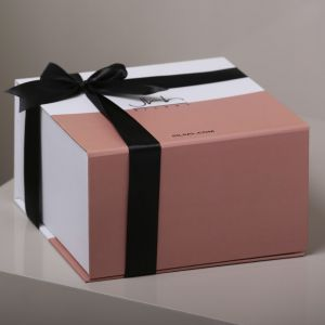Gift Box Of 2 Kunooz Porcelain Tea Cups and Saucers