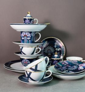 Set Of 6 Tala Porcelain Teacups & Saucers